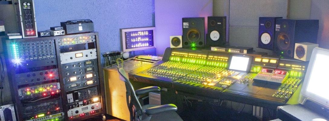 Studio_003-editsoundbetter