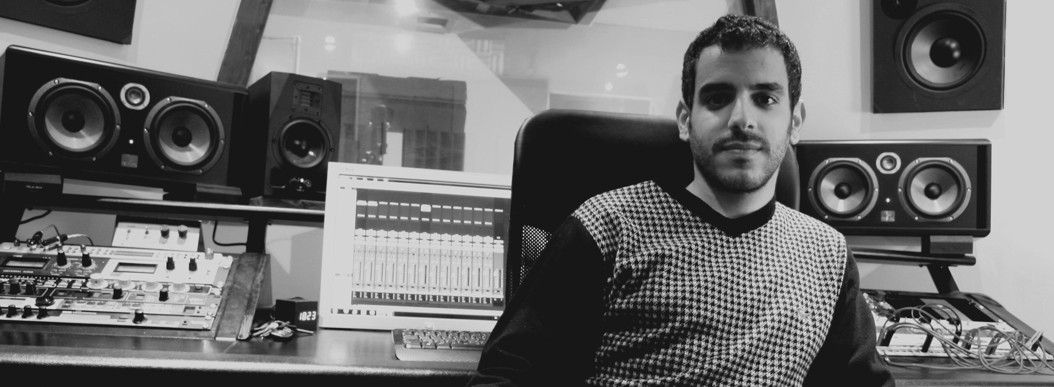 Studio_1_bw