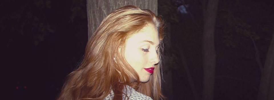 Sedona_eliza_candid_lipstick_tree