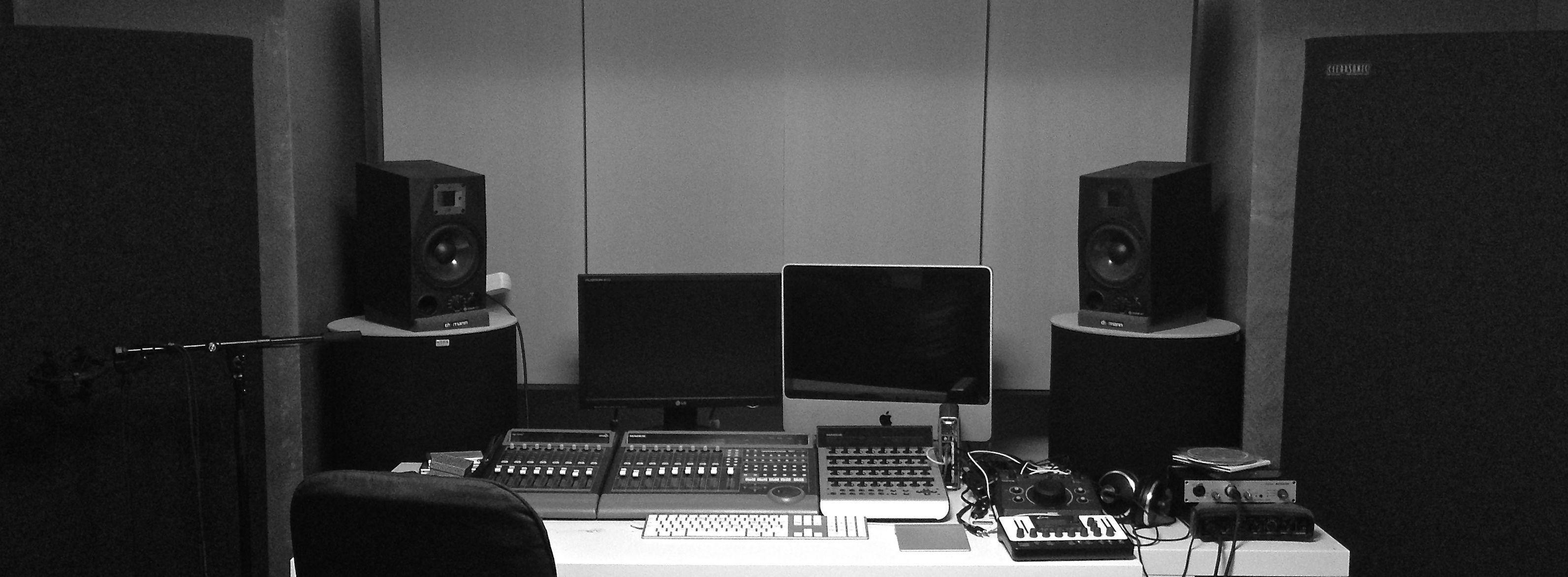 Studio_bw