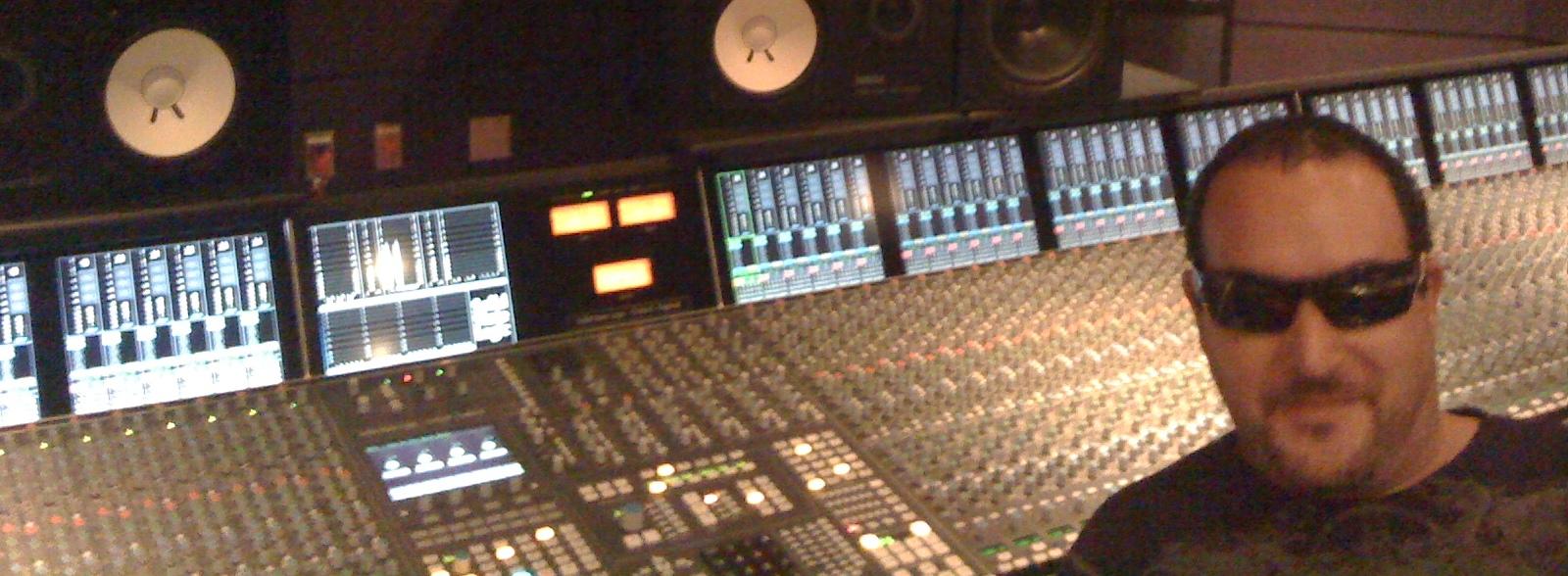 Tony_at_odds_on_studios_in_las_vegas