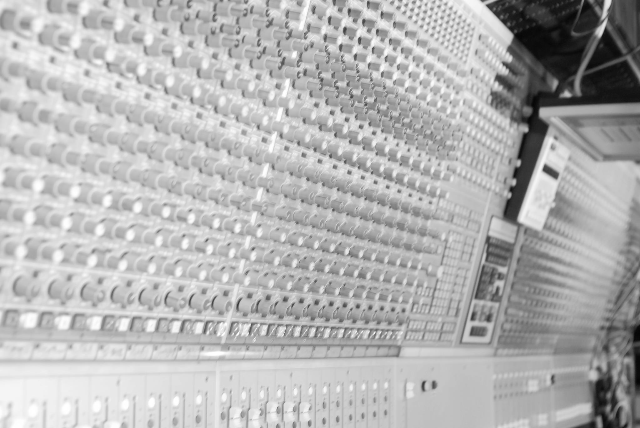 Studiometromixdesk