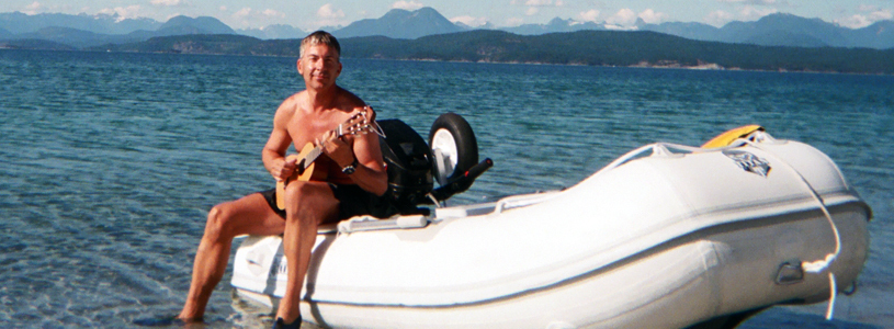 Me_my_boat_and_guitalele