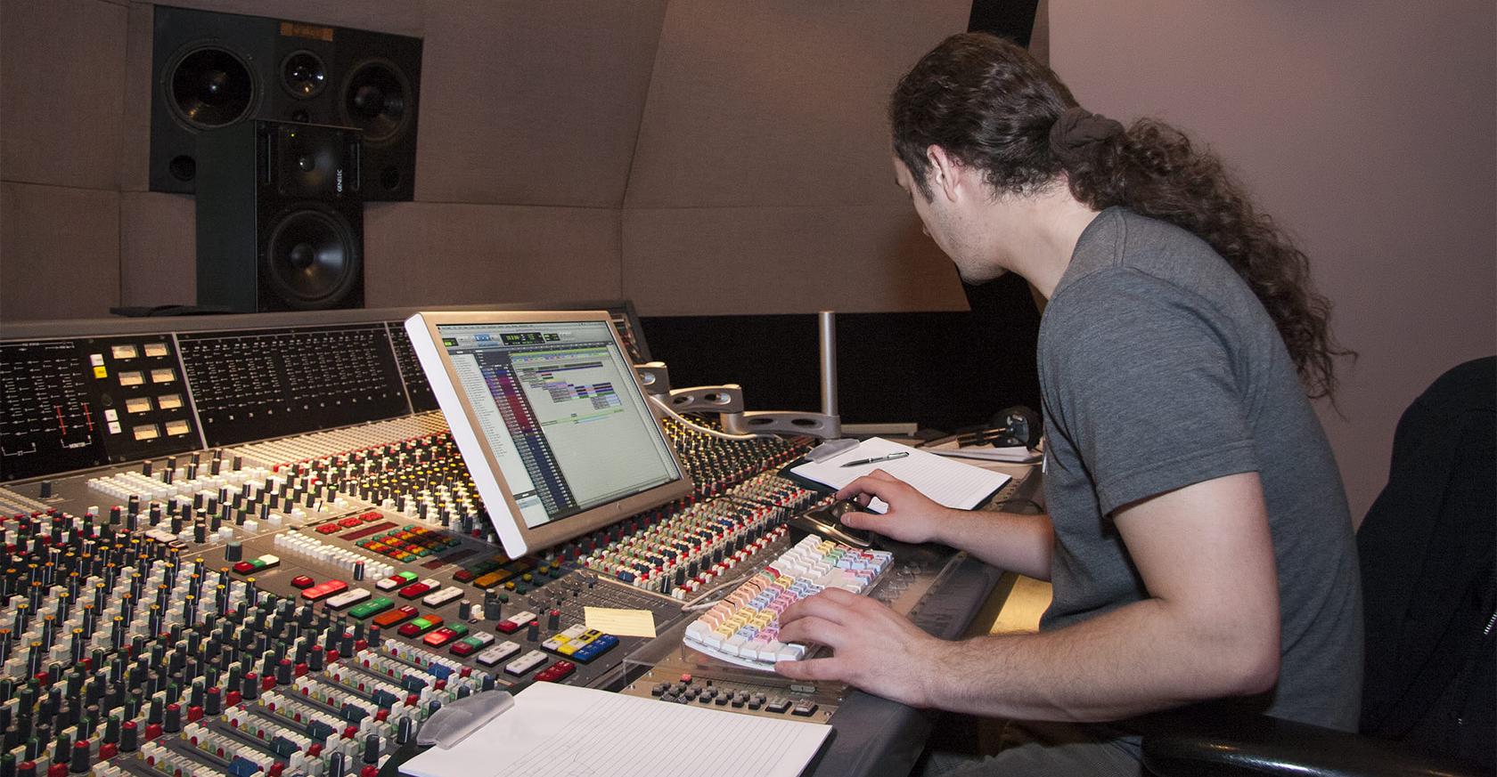 Intro-producer