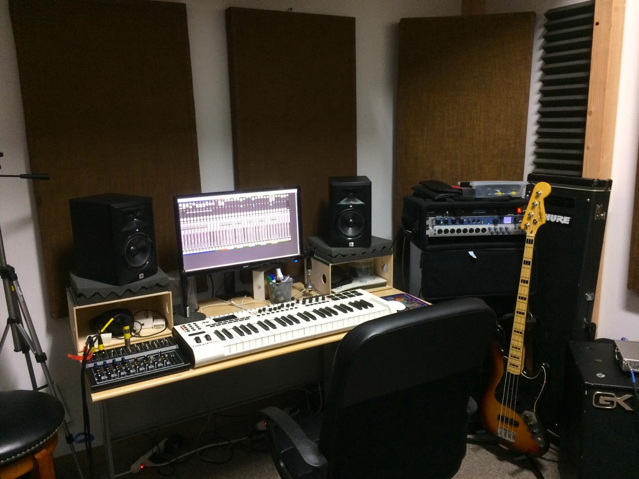 Studio_mixing