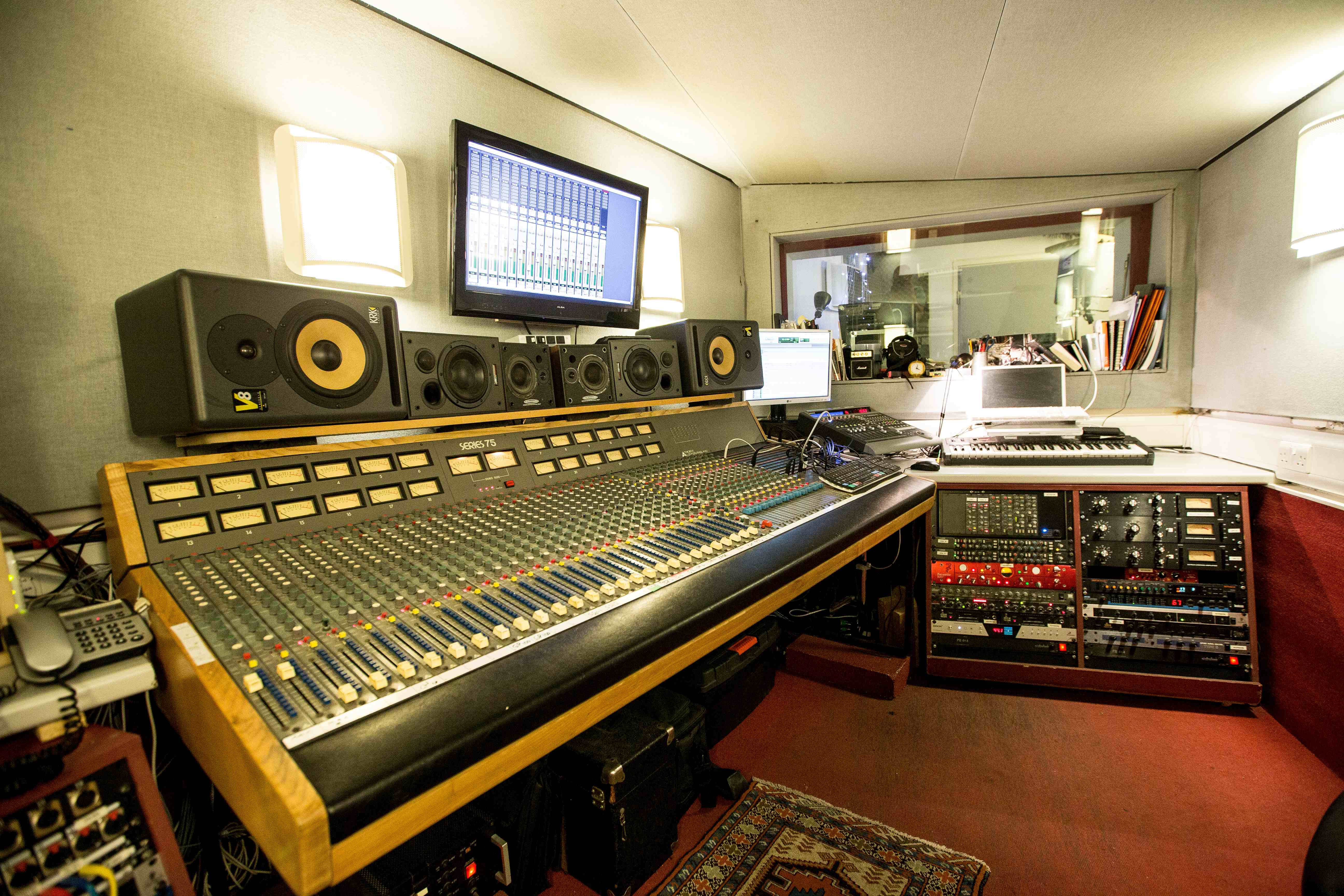 New_control_room_arclite_productions_trident_series_75