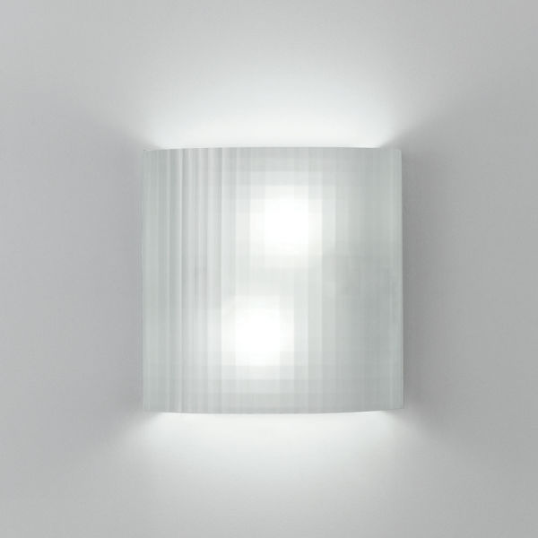 Facet Wall Grid Glass