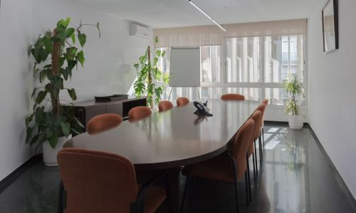 Salle de réunion face à la Sagrada Familia