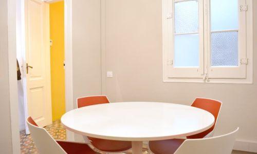 Sala Tulip - sala de reuniones para 2-5 personas
