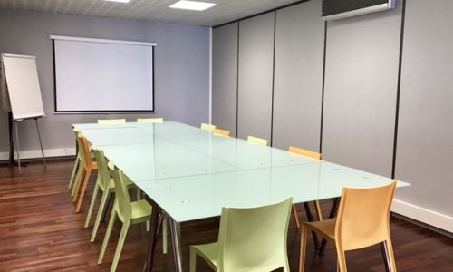 Meeting room in a business center