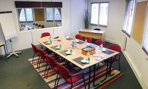 Meeting room in Lion d'Or close to Gare de Lille