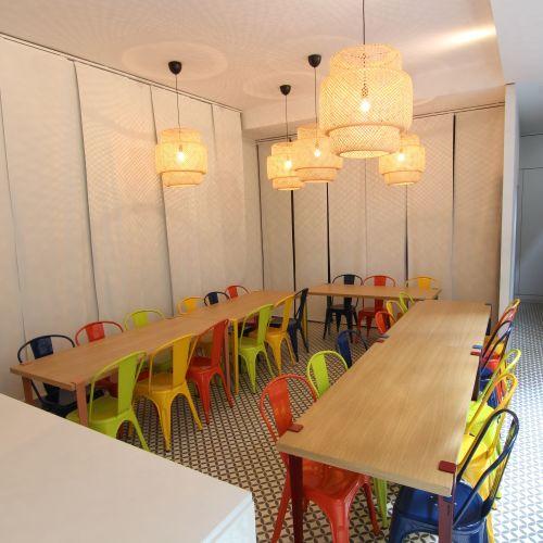 Atelier de cuisine et salle de réunion
