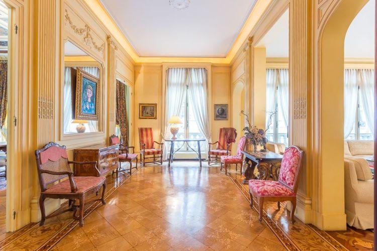 Appartement de luxe jusqu'à 120 personnes