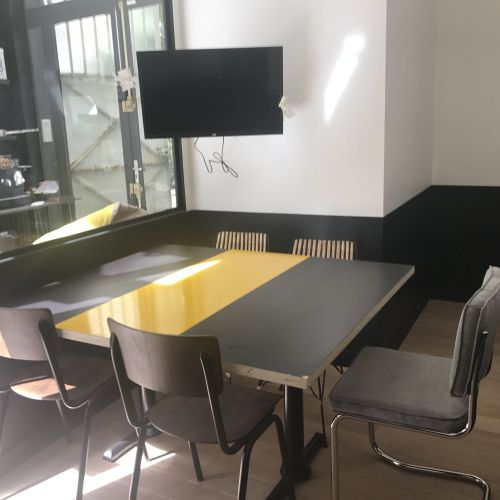 """""""Lego"""" meeting room for 3 to 5 people"""