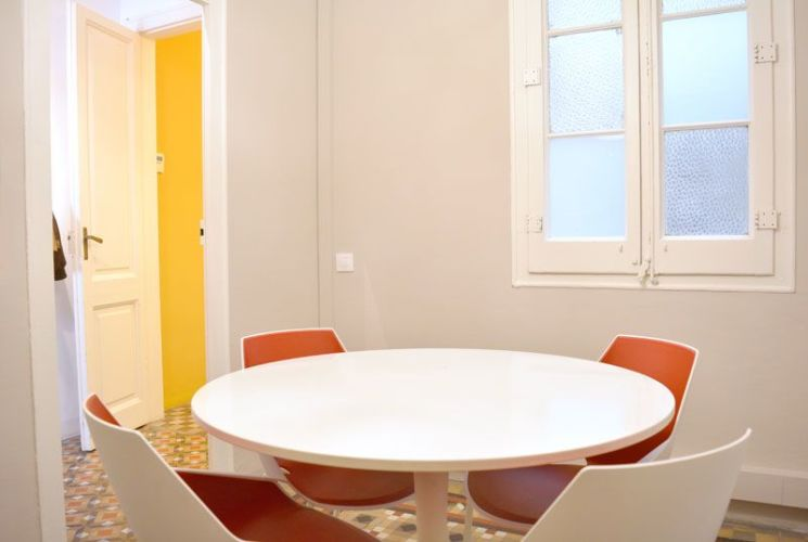 Well designed Coworking space in the heart of Barcelona
