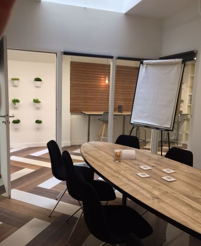 All equipped meeting room Montorgeuil, Heart of Paris