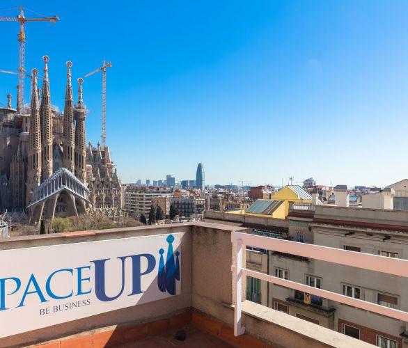 Espace évènementiel avec terrasse et vue Sagrada Familia