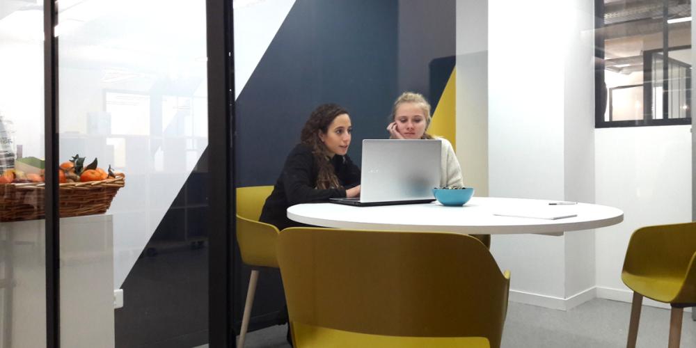 Espace de coworking en espace partagé