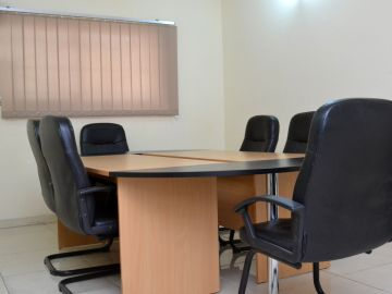 MEETING -Meeting Room for 6 in Victoria Island