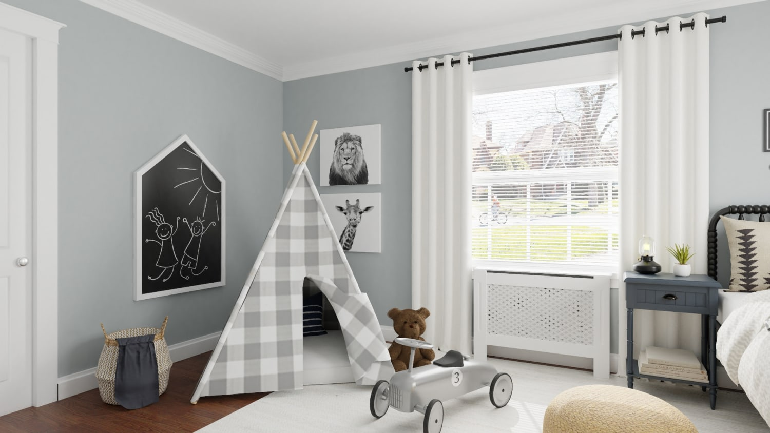 Traditional Farmhouse Boy's Room