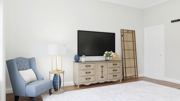 Statement Headboard: Classic Traditional Bedroom Design View 4 By Spacejoy