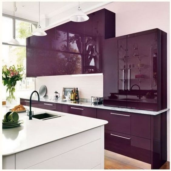 Monochromes kitchen decoration