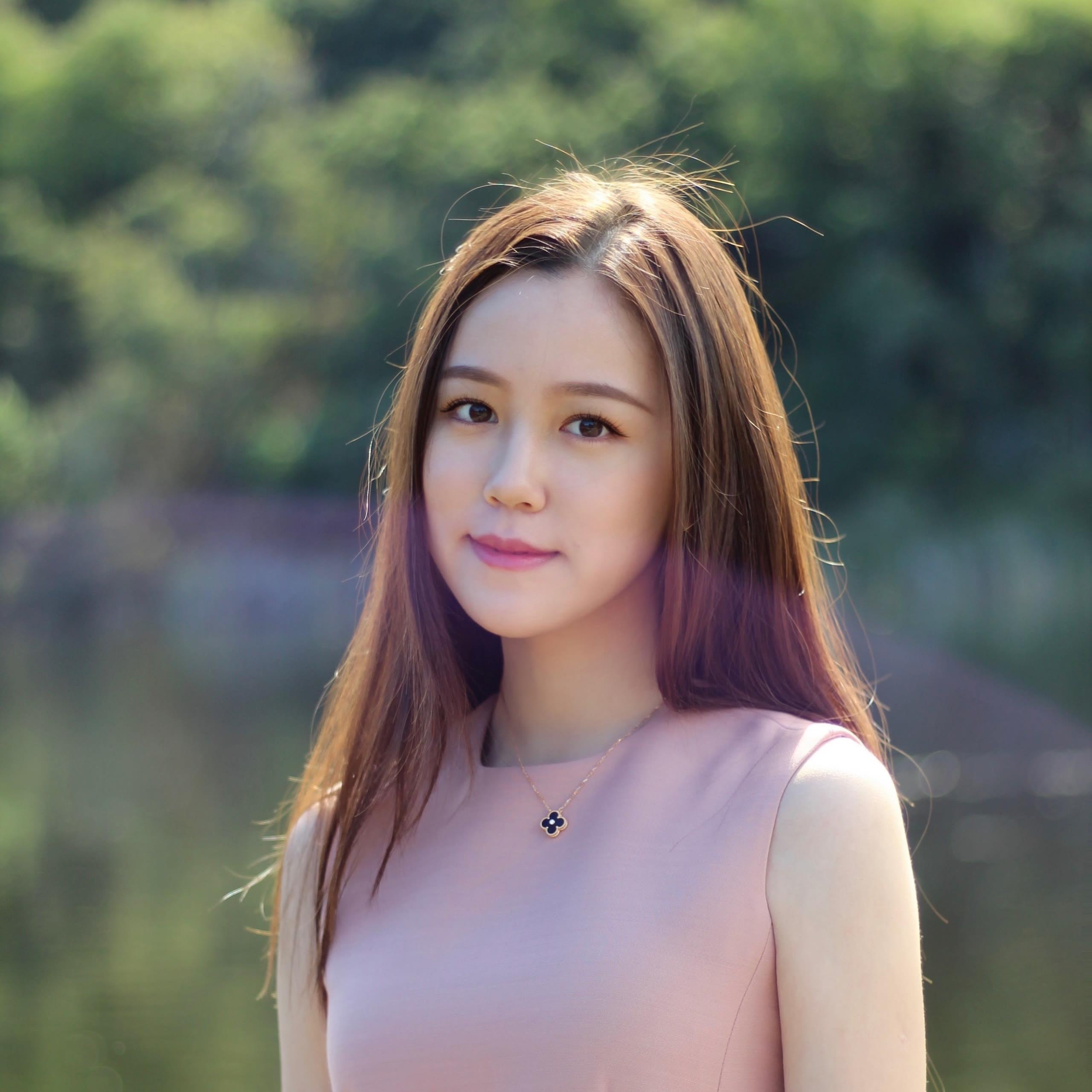 Elaine Han