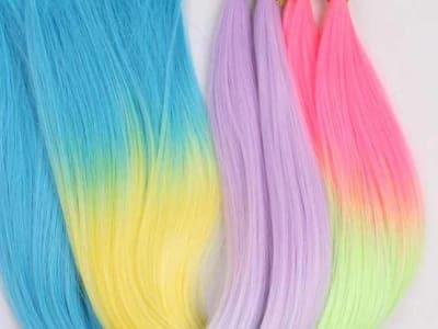 Krāsaino matu šķipsnu pieaudzēšana