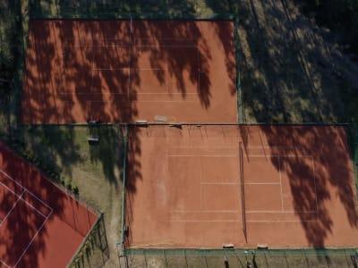 Tenisa laukuma īre