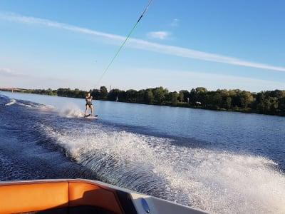 Поездка на водных лыжах