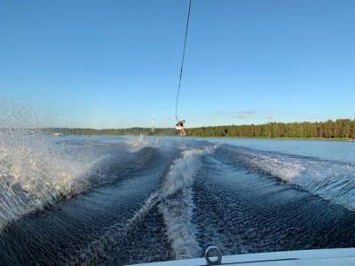 Вейкборд за лодкой