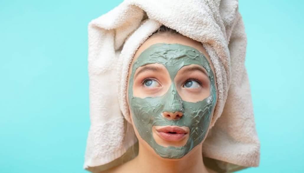 ماسک درمان جوش صورت