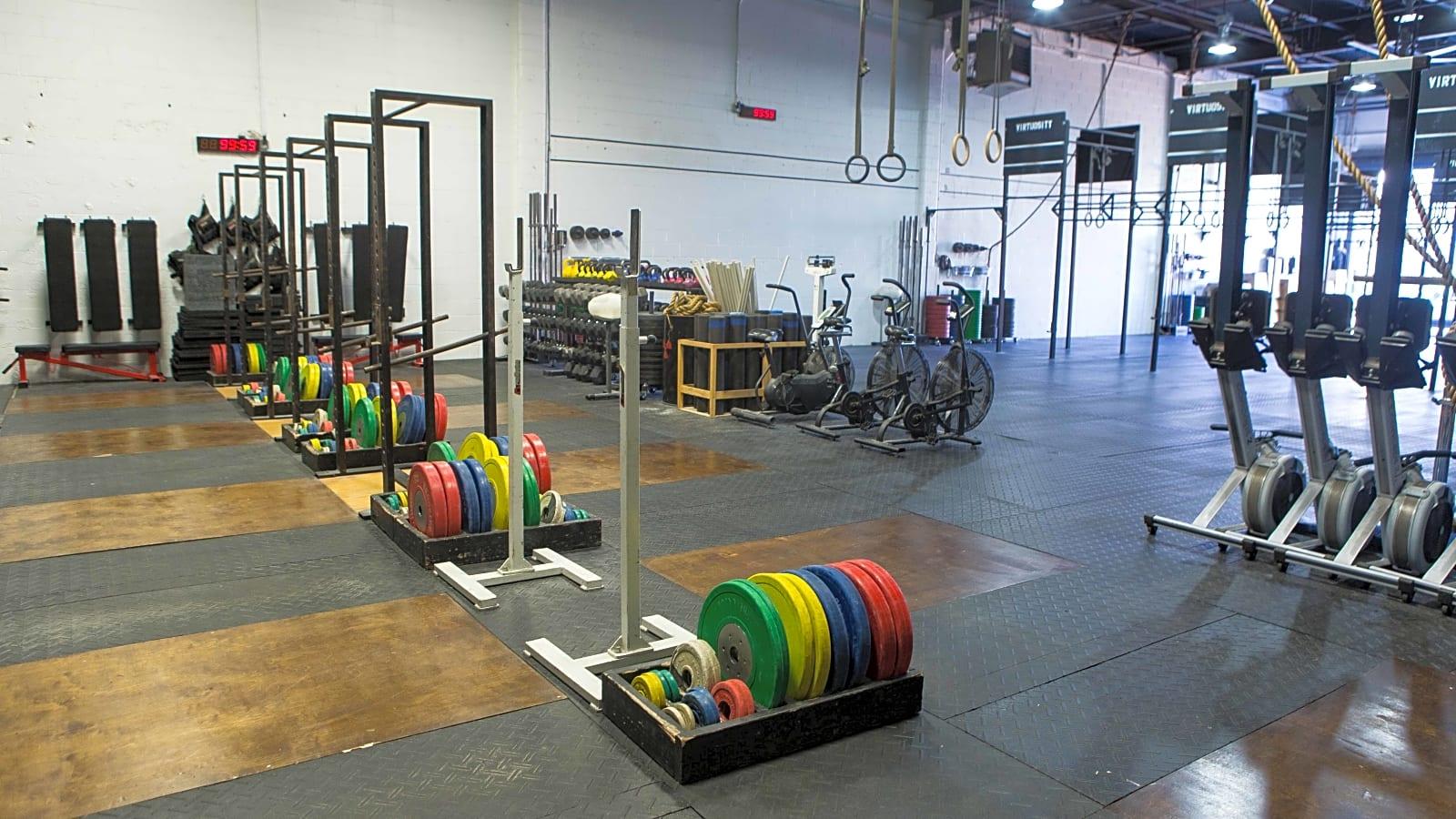 Fitness warehouse & garage gym event space williamsburg new york