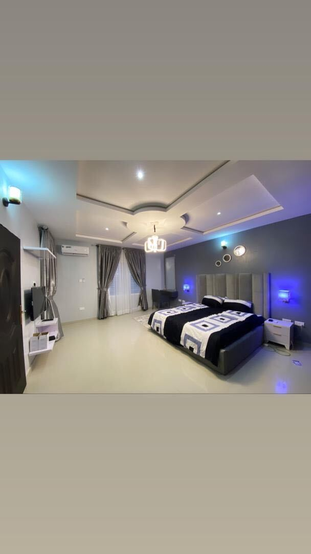 2-bedroom-ikate-elegushi-3