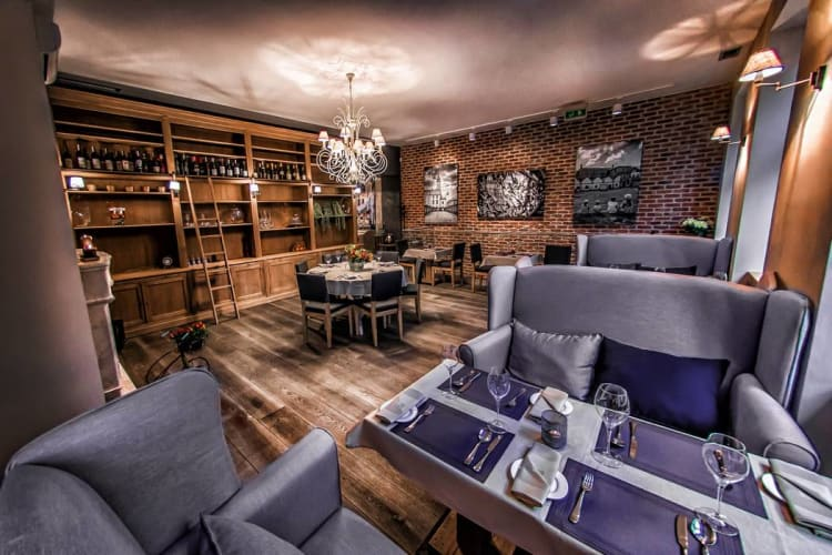 miodova-restaurant-sala-na-pietrze 4