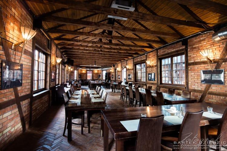 stara-zajezdnia-krakow-by-desilva-restauracja 3