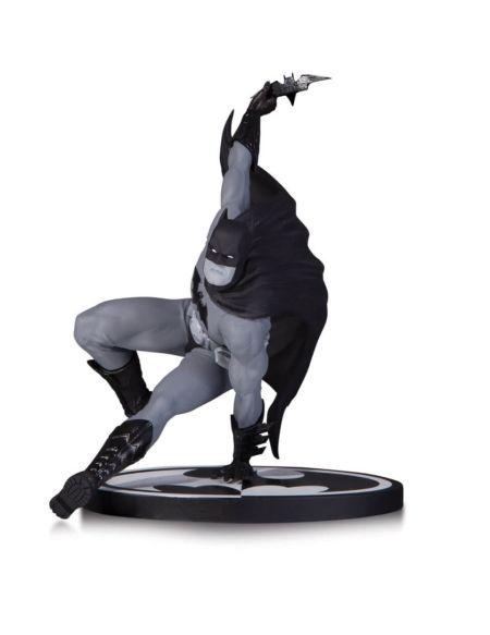 Statuette Batman DC Collectibles - Noir et Blanc