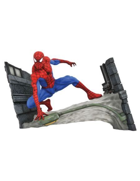 Diamond Select Marvel Gallery Spider-Man Comic Statue