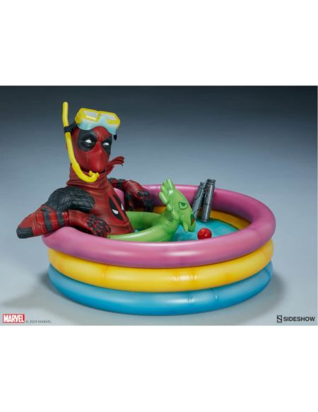 Sideshow Collectibles Marvel Deadpool Kidpool Premium Format Statue 18cm