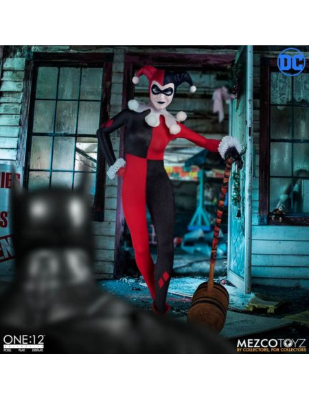 Mezco Harley Quinn Deluxe One:12 Action Figure
