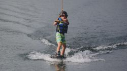 kinderactiviteiten Terhills Cablepark Wakeboarden Kids