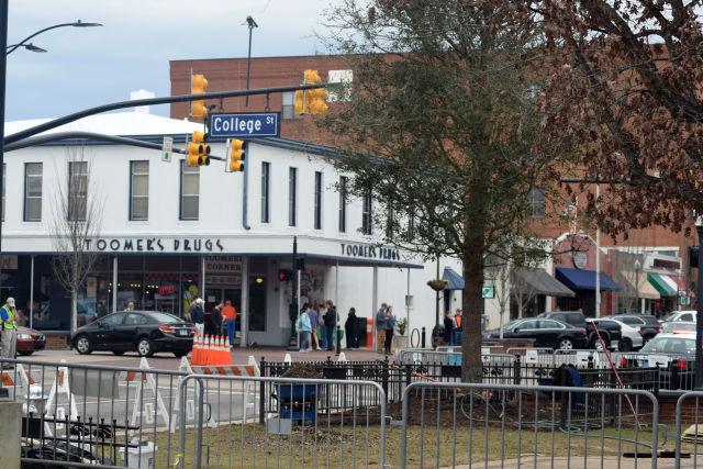 Toomer's Corner-Auburn University-Auburn Tigers