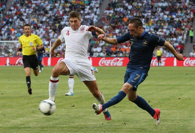gerrard retire, liverpool, england national team