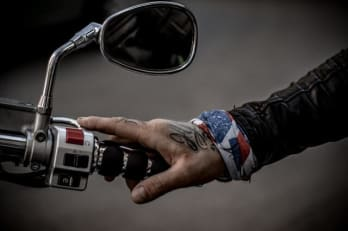 Best Motorcycle Grips for Vibration
