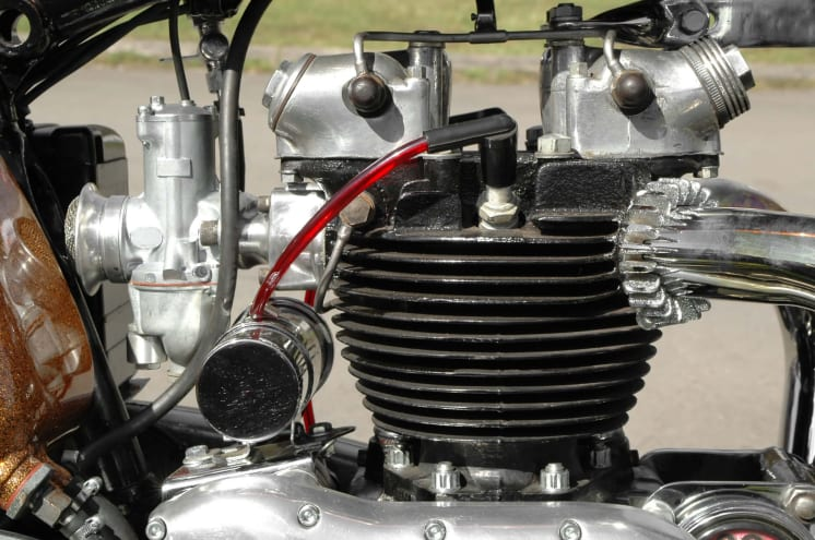 how to check motorcycle oil