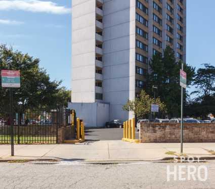 39 N 39th St. (3901 Market St.) - University Square Lot