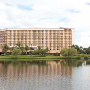 Photo of Orlando Marriott Lakeside Uncovered Valet Parking