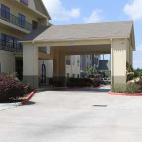 Photo of Houston Comfort Suites Self-Parking