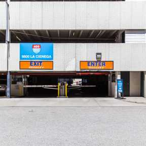 Photo of Inglewood 405 Airport Parking - Self Park Garage