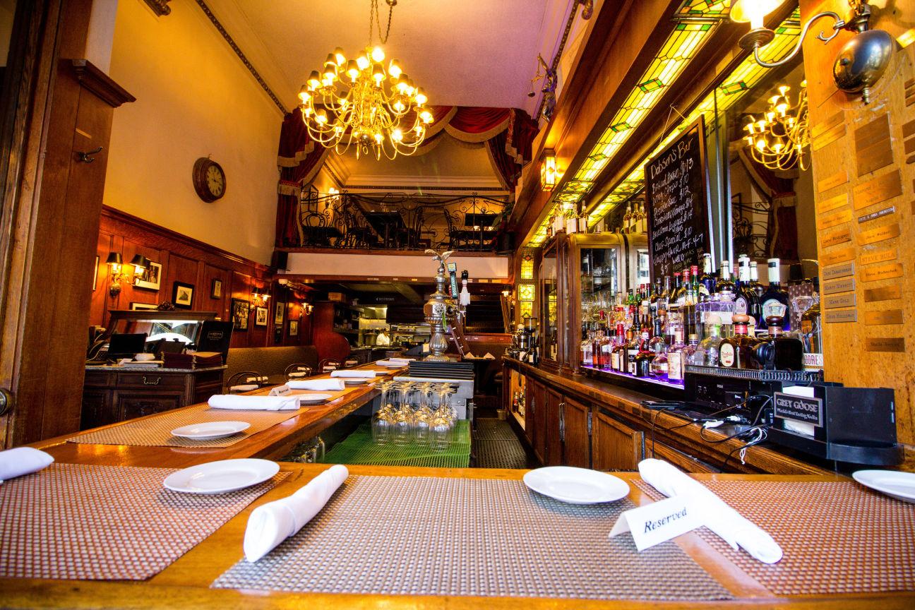Dobson S Bar Restaurant Downtown San Diego San Diego